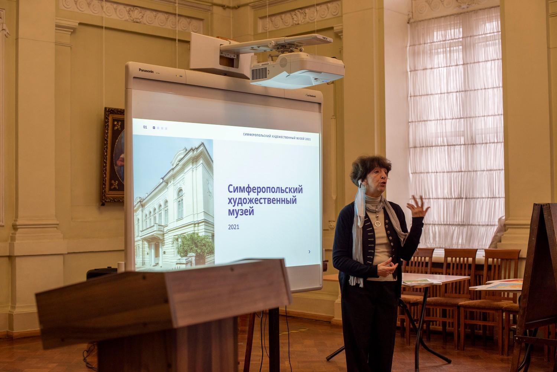 День российской науки отметили в СХМ рядом креативных мероприятий